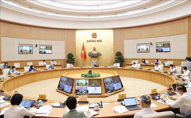 Primer ministro vietnamita pide investigar soluciones para control eficiente del COVID-19 hinh anh 1