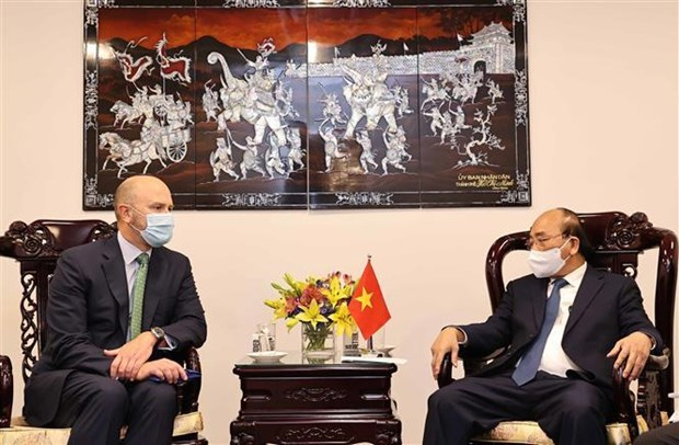Presidente de Vietnam recibe a ejecutivos de empresas de energia de Estados Unidos hinh anh 1