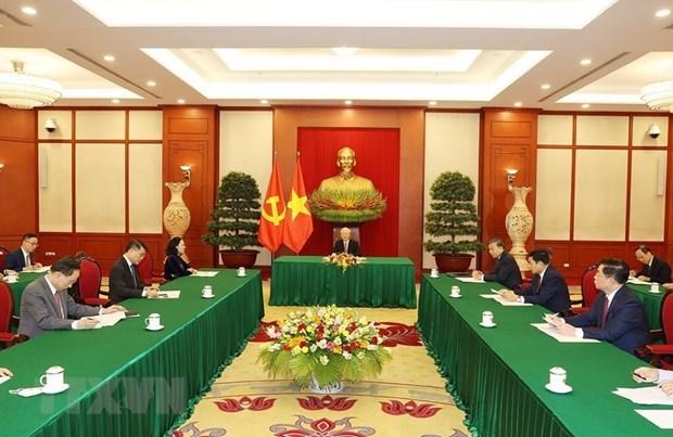 Vietnam concede importancia a la asociacion de cooperacion estrategica integral con China hinh anh 1