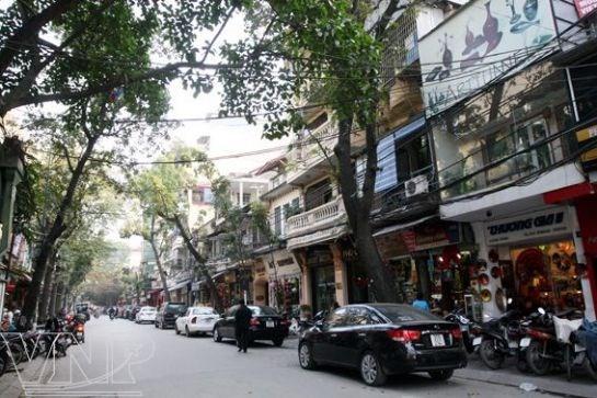 Calle de Hang Trong, destino recomendado a los visitantes en Hanoi hinh anh 1