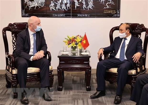 FIFA y Federacion de Futbol de Vietnam por promover cooperacion hinh anh 1