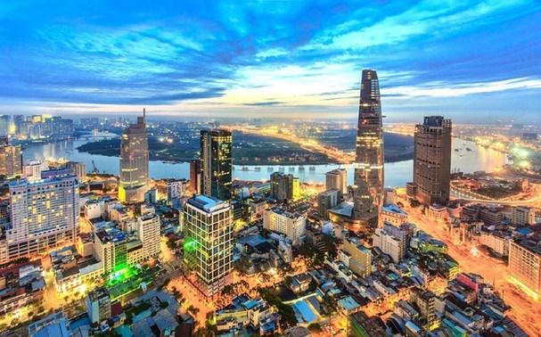 Buscan promover inversiones extranjeras en Vietnam en medio del COVID-19 hinh anh 1