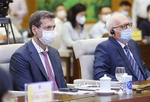Coloquio de expertos analiza asuntos socioeconomicos de Vietnam hinh anh 2