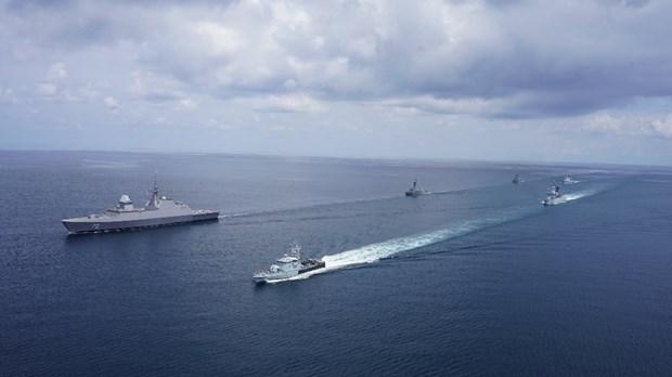 Singapur y Malasia realizan ejercicio naval en el estrecho de Malaca hinh anh 1