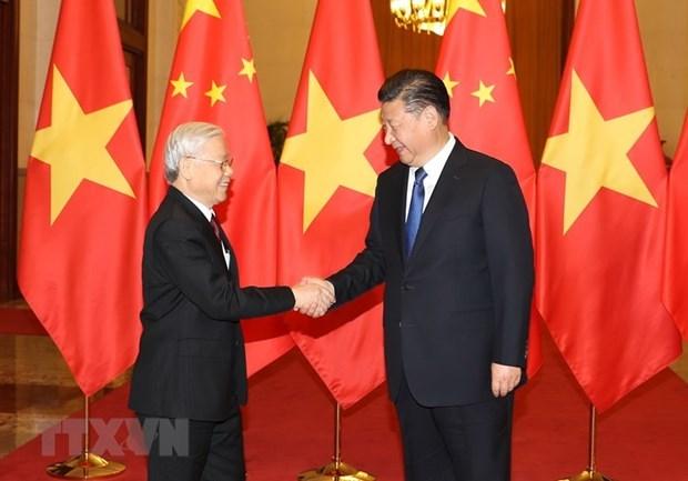 Vietnam felicita a China por su Dia Nacional hinh anh 1