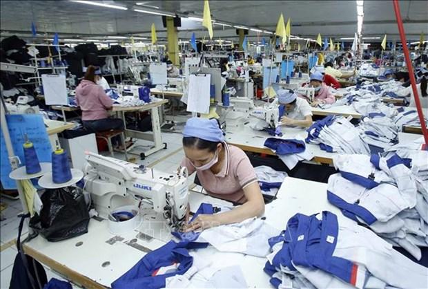 Empresas vietnamitas ansiosas de reanudar produccion en etapa pos-COVID-19 hinh anh 1