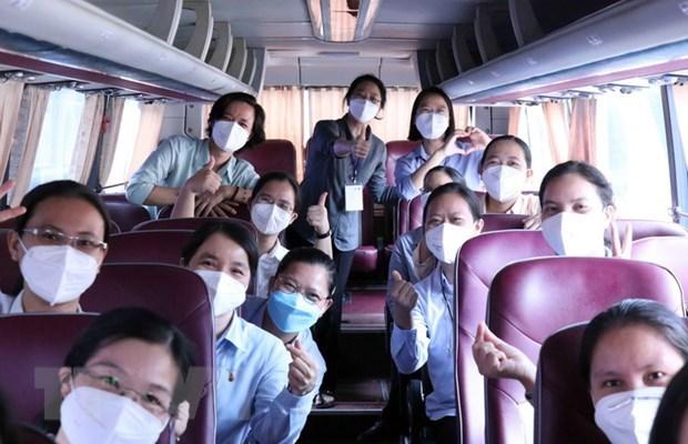 Ciudad Ho Chi Minh honra a voluntarios religiosos en lucha contra el COVID-19 hinh anh 2