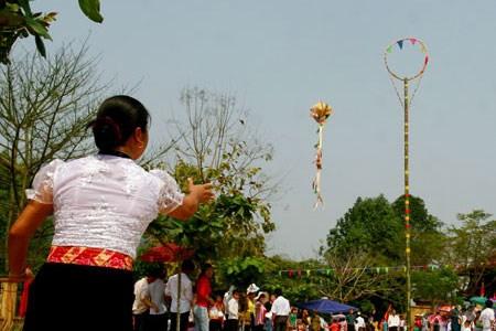 Celebraran Festival Tradicional de distritos fronterizos de Vietnam, Laos y China hinh anh 1
