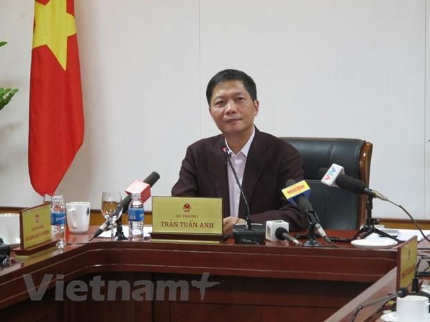 EVFTA y EVIPA ayudan a Vietnam a promover su posicion en arena internacional, dice ministro hinh anh 1