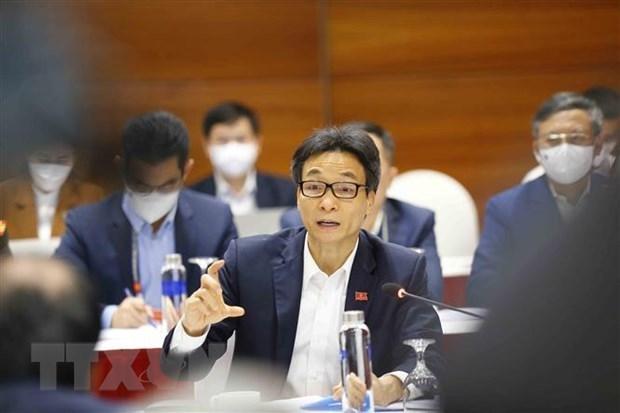 Detectan a otros 82 casos positivos del COVID-19 en Vietnam hinh anh 1
