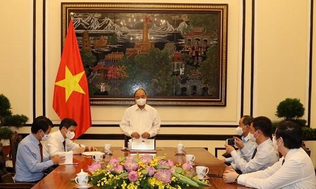 Presidente de Vietnam trabaja con la Revista Comunista hinh anh 1